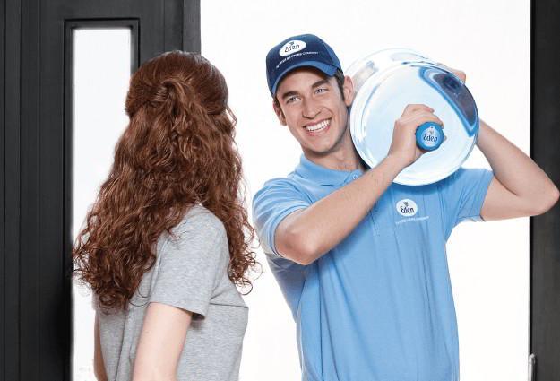 Wasserlieferung nach Hause